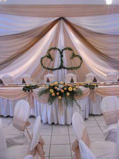 Esküvő főasztaldísz