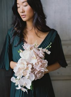 Something Borrowed Blooms   Wtoo Collection - Silk Wedding Flowers for Rent Amazing Flowers, Colorful Flowers, Silk Flowers, Blush Bouquet, Blush Roses, White Orchid Bouquet, Orchid Bridal Bouquets, Flower Bouquets, Neutral Wedding Flowers