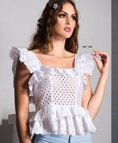 Blusas de moda White Outfits, Casual Outfits, Summer Outfits, Curvy Girl Fashion, Retro Fashion, Women's Summer Fashion, Daily Fashion, Traje Casual, Mesh Dress