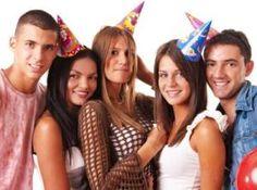 Impreza urodzinowa w Partybus http://www.partybus.pl/urodziny-imieniny/szalowe-urodziny/