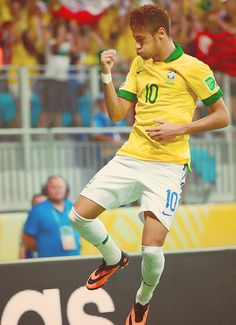 neymar is amazing more info here : http;//www.braziltravelbeaches.com/neymar.html