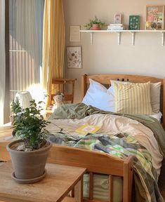 Room Ideas Bedroom, Bedroom Decor, Bedroom Inspo, Pretty Room, Aesthetic Room Decor, Cozy Room, Dream Rooms, My New Room, House Rooms