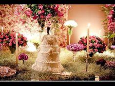A cor Marsala caiu no gosto das noivinhas, e combina em vários tipos de decoração. O casamento pode ser de dia, a decoração do casamento pode ser ao ar livre...