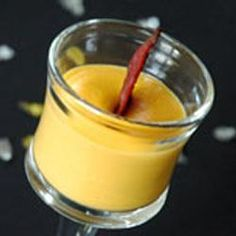 Verrine met puree van zoete aardappel en eend @ allrecipes.nl Allrecipes, Pudding, Desserts, Tailgate Desserts, Dessert, Puddings, Deserts, Avocado Pudding, Food Deserts