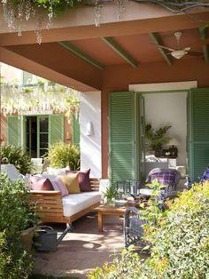 Galeria en terracota y verde