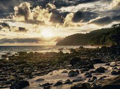 Sunset di Pulau Weh, begitu hangat, begitu indah.