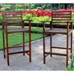 Add a touch of classic elegance to your patio furnishings with these Maine Outdoor bar-height armchairs, featuring a sturdy Acacia hardwood build. These chairs also offer a classic 'Maine' slatted design, and a natural finish.