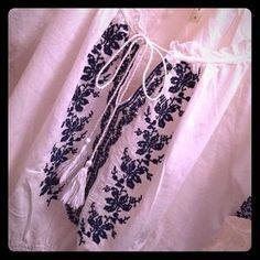 Tops - Peasant style blouse w/ navy blue embroidery.