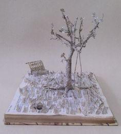 Escultura em livros - Campo das Letras- 2015