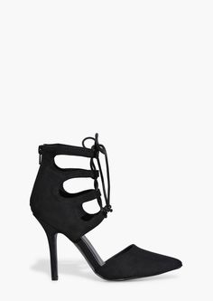 Lace up Pumps in Black