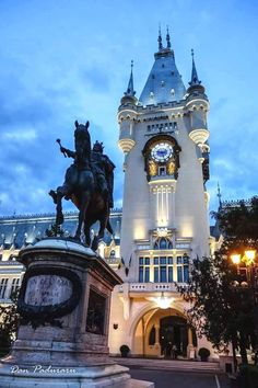 Culture Palace in Iasi, Romania; on my bucket list The Beautiful Country, Beautiful Places, Romania Travel, Mall Of America, North America, Royal Caribbean Cruise, London Pubs, Famous Places, Beach Trip