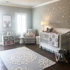 DIY nursery and also baby room decorating! Suggestions for you to develop a little paradise in the world for your little package. Lots of baby room decor suggestions! Baby Nursery Decor, Baby Bedroom, Baby Boy Rooms, Baby Boy Nurseries, Baby Cribs, Baby Decor, Baby Room Ideas For Girls, Star Nursery, Elephant Nursery Decor