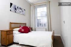 Lovely City Centre Apartment, Leith Street, $100, king sized bed, no wifi
