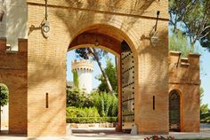 Castillo Hotel Son Vida, Mallorca. Our authentic 13th century castle offers stunning views of Mallorca and the cobalt Bay of Palma, combing opulence with exceptional service.