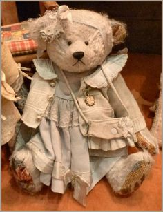 Idea for dressing the Vermont Teddy bear Tys got me, getting tired of her red dress