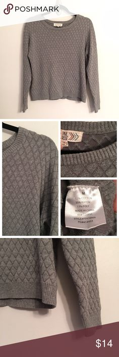 """EUC Gray Sweater I adore this sweater! It's a classic gray with a subtle diamond pattern and slightly loose, very comfortable fit. It's in great condition and measures, while flat,  20"""" underarm to underarm and 22"""" from shoulder to hem. Reasonable offers welcome. Xoxo, J Pink Rose Sweaters Crew & Scoop Necks"""