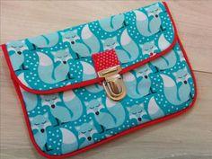 Tuto photos pour réaliser une pochette passepoilée (attache cartable) indispensable dans le sac à main !! Pop Couture, Couture Sewing, Pochette Photo, Sewing Clothes, Leather Bag, Diy And Crafts, Coin Purse, Satchel, Pouch