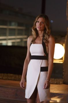Tricia Helfer I Lucifer Lauren German, Tom Ellis, Tricia Helfer Lucifer, Tricia Helfer Hot, Charlotte, Professional Wardrobe, Athleisure Outfits, Business Outfits, Beautiful Gowns