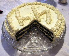 """Tort makowy z kremem cytrynowym i orzechowy z kremem kawowym to rodzinne przepisy mojej teściowej. Wszyscy, nawet zdecydowani """"niezjadacze"""" tortów łamią si"""