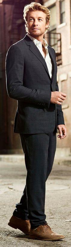 Mr. Patrick Jane (Simon Baker)