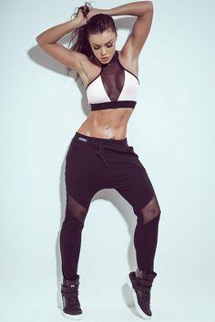Buy Online: Women Fitness Activewear & Workout Clothes, Sports Wear, Sweatshirts,Pants etc. Sport Style, Workout Attire, Workout Wear, Dance Outfits, Sport Outfits, Sport Fashion, Fitness Fashion, Sport Model, Ropa Hip Hop