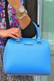 Pop of Kate Spade blue. One day I will own a Kate Spade bag. Estilo Fashion, Look Fashion, Fashion Bags, Fashion Accessories, Womens Fashion, Fashion Purses, Fashion 2016, Tote Bags, Mk Bags