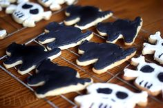 Making Halloween Cookies with Wilton