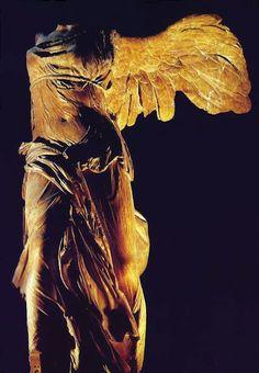 Victoria de Samotracia  Escultura helenística  190 a.c. arpox