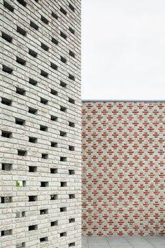 Gallery of Landmark Nieuw Bergen / MONADNOCK - 2