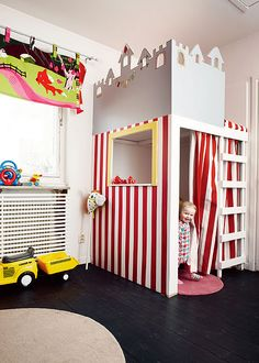 Another great way to have non-traditional bunk beds!