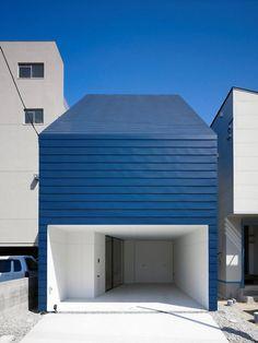 Who: Tomoaki Tanigawa/MAKER What: Single family residence Where: Hiroshima, Japan When: 2011 How: Two-story wood frame construction