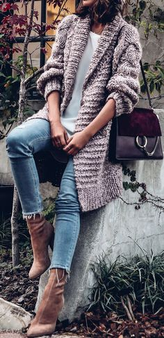 Knitting Patterns Sweaters Get the Look - casual cool November outfit Komplette Outfits, Cardigan Outfits, Fall Fashion Outfits, Fall Fashion Trends, Winter Fashion, Casual Outfits, Cardigan Sweaters, Fashion Fashion, Cardigan Sweater Outfit