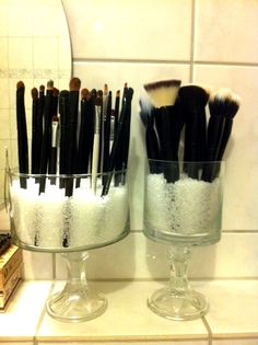 DIY Dollar Store Makeup Brush Holder  I so need one of these for my chunky handled brushes!