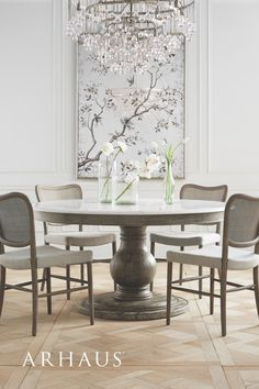 Elegant Dining Room, Dining Room Sets, Dining Room Design, Dining Room Furniture, Dining Room Table, Dining Chairs, Kitchen Tables, My Living Room, Living Room Decor