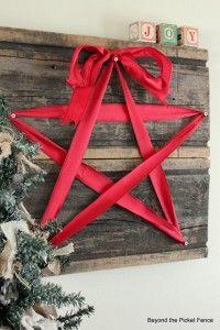 Simple Star Decor For CHRISTMAS