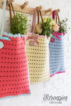 & # The Summer Collection & # 20 crochet patterns for the summer of Wendy & # s Ho . Free Crochet Bag, Crochet Fabric, Crochet Tote, Crochet Handbags, Crochet Gifts, Crochet Doilies, Easy Crochet, Knit Crochet, Crochet Patterns