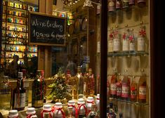 Christmas : A Festive walk in Athens