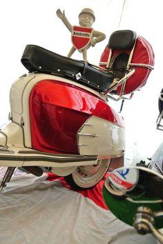 Retro Scooter, Lambretta Scooter, Vespa Scooters, Motor Scooters, Sidecar, Black Sneakers, Chopper, Jeep, Rude Boy