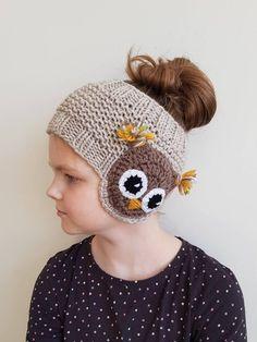 Crochet Headband Owl Ear Warmers 66 Ideas For 2019 Headband Pattern, Knitted Headband, Knitted Hats, Crochet Hats, Appliques Au Crochet, Crochet Motifs, Winter Accessories, Girls Accessories, Beanie Babies