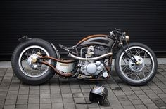 Chemical Candy Customs Antique Motorcycles, Custom Motorcycles, Custom Bikes, Badass Motorcycle Helmets, Motorcycle Wheels, Site Music, Yamaha Sr400, Garage Bike, Old School Chopper