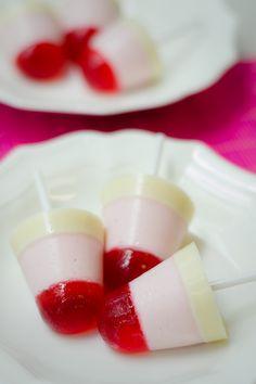 Receta de Paletas de Gelatina y Yogurt