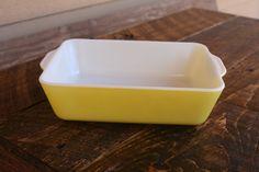Pyrex 503 yellow fridge dish with no lid