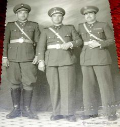 Militaria: FOTOGRAFIA DE MILITARES DE LA GUARDIA DE FRANCO, FOTO BAEZ, HUELVA, TAMAÑO POSTAL. - Foto 2 - 54895043