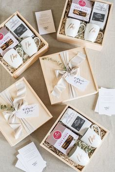 What to Include in Wedding Welcome Bags // Part 1 of 3 What should you include in your wedding welcome gifts this summer? Here are some tips on how to curate the perfect wedding welcome gift for your big day. Image by: Lissa Ryan Photography Wedding Welcome Gifts, Wedding Gifts, Wedding Gift Hampers, Wedding Gift Boxes, Wedding Keepsakes, Wedding Favors, Diy Wedding, Perfect Wedding, Budget Wedding