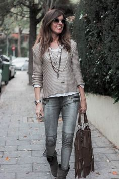 Casual spring outfit ideas you should try 23 litledress outfits women in 20 Mode Outfits, Casual Outfits, Fashion Outfits, Womens Fashion, Fashion Trends, Looks Style, Casual Looks, 50 Style, Edgy Style