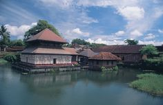 I do not know which temple is this; but a typical Kerala architecture.