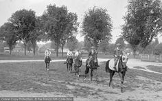 Photo of Newmarket, Horses At Exercise 1922 Exercise, Horses, History, Sports, Animals, Vintage, Ejercicio, Hs Sports, Historia
