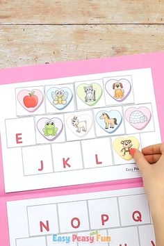 Valentines Day Beginning Sounds File Folder Game Match up all the images to the letters with our conversation hearts Valentines Day Beginning Sounds File Folder Game. Preschool Learning Activities, Alphabet Activities, Toddler Learning, Toddler Activities, Preschool Activities, File Folder Games, Beginning Sounds, Matching Games, Kids Education