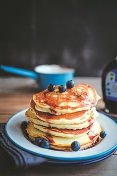 A fabulous dish to serve up at the weekend. You can use blackcurrants or raspberries too, if you prefer. Pancake Kitchen, American Pancakes, Blueberry Pancakes, Tasty, Yummy Food, Dessert Recipes, Desserts, Dairy Free, Raspberry
