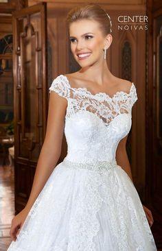 Sexy-See-through-Back-Scoop-Neck-Vintage-Lace-Wedding-Dresses-Cap-Sleeves-Bride-Dresses-2015-Vestido.jpg (659×1024)
